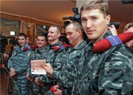"""Український """"Беркут"""" шукає притулку у Росії"""