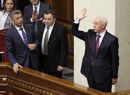 Бюджет Азарова пустили під ніж