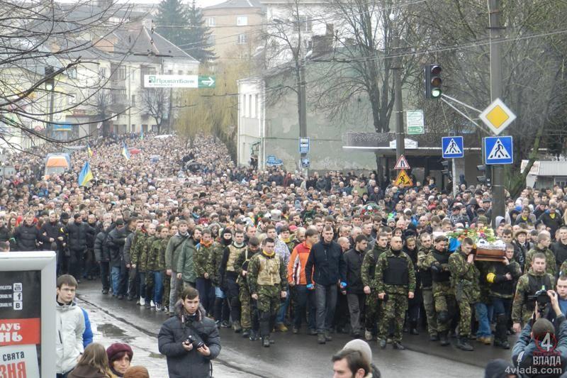 """Одну із вулиць Луцька назвуть на честь героя """"Небесної сотні"""""""