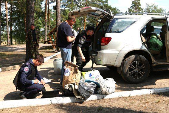 Міліція затримала 16 осіб, причетних до бурштинових розбірок