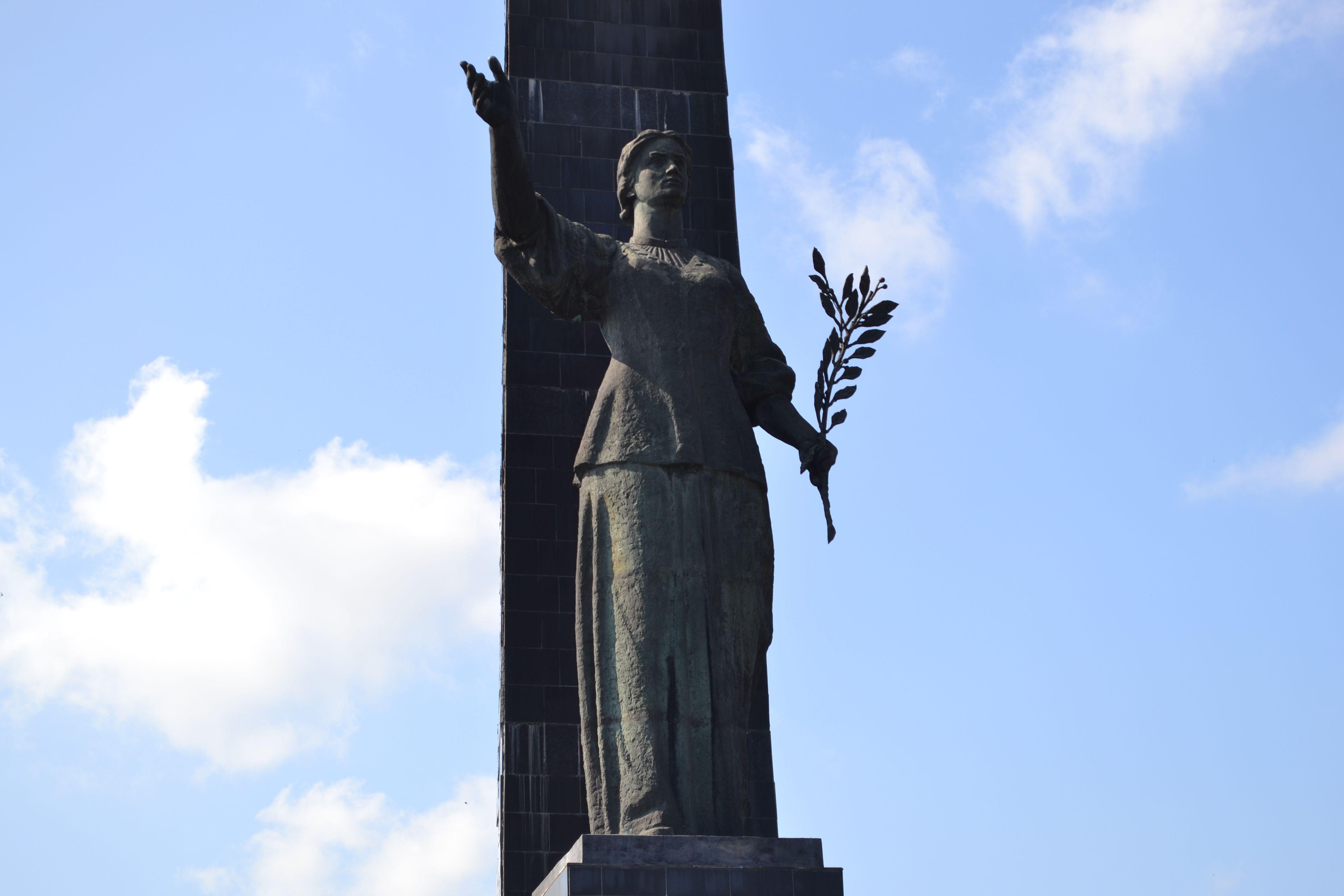 Як у Луцьку відзначали 69-ту річницю Перемоги