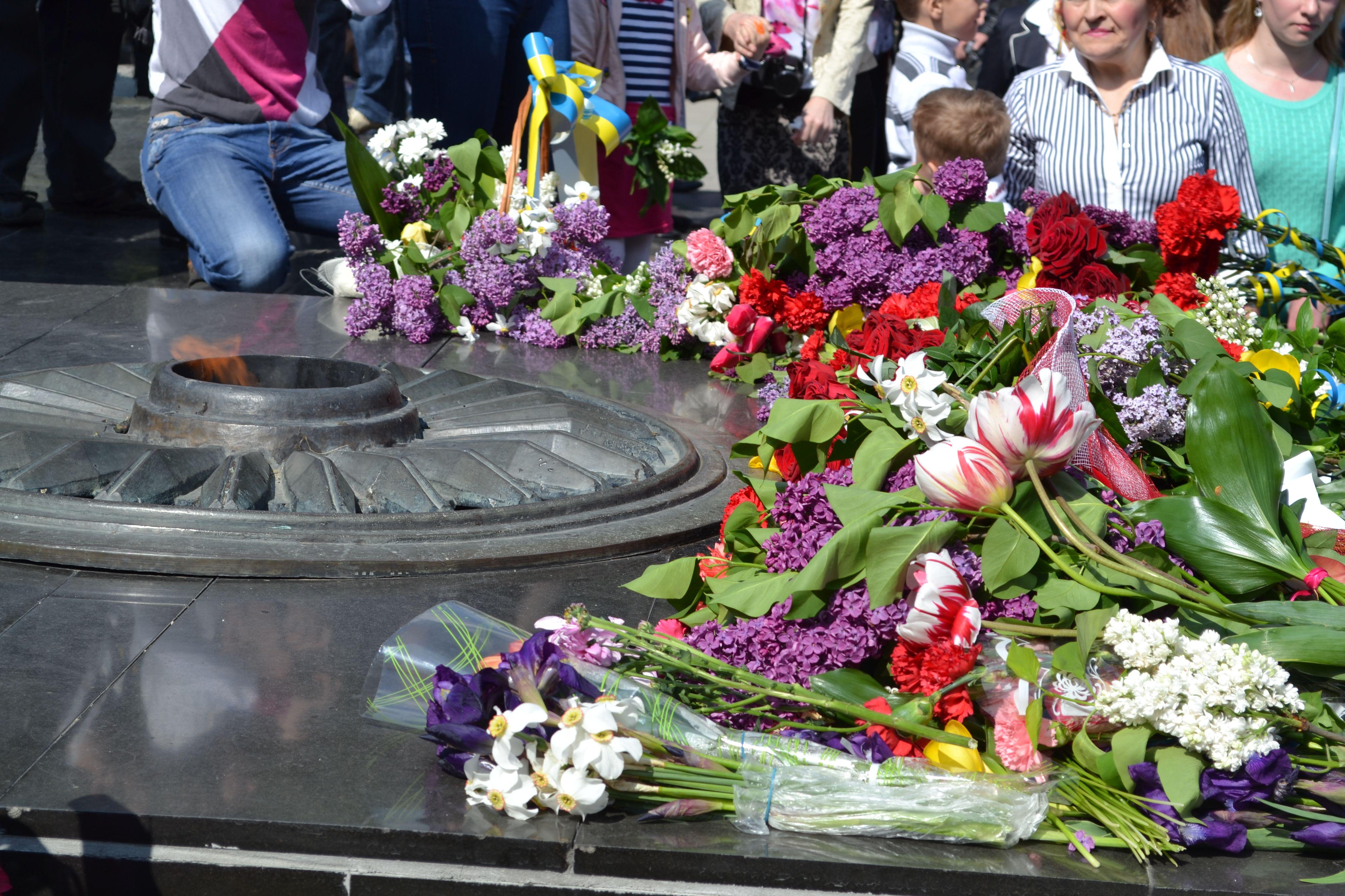 Як у Луцьку відзначали 69-ту річницю Перемоги (ФОТО)