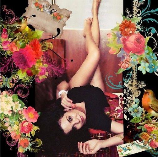 Анастасія Каменських показала свої ніжки