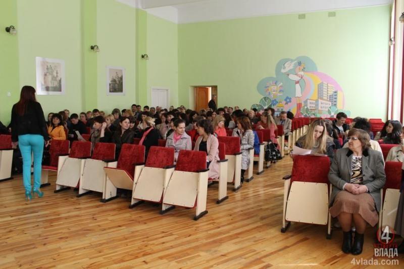 Четверо кандидатів змагатимуться 10 червня за посаду директора Рівненського економіко-технологічного коледжу НУВГП