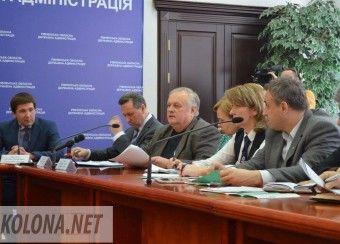 У Рівномому реформатори мали розмову із місцевими чиновниками (ФОТОРЕПОРТАЖ)