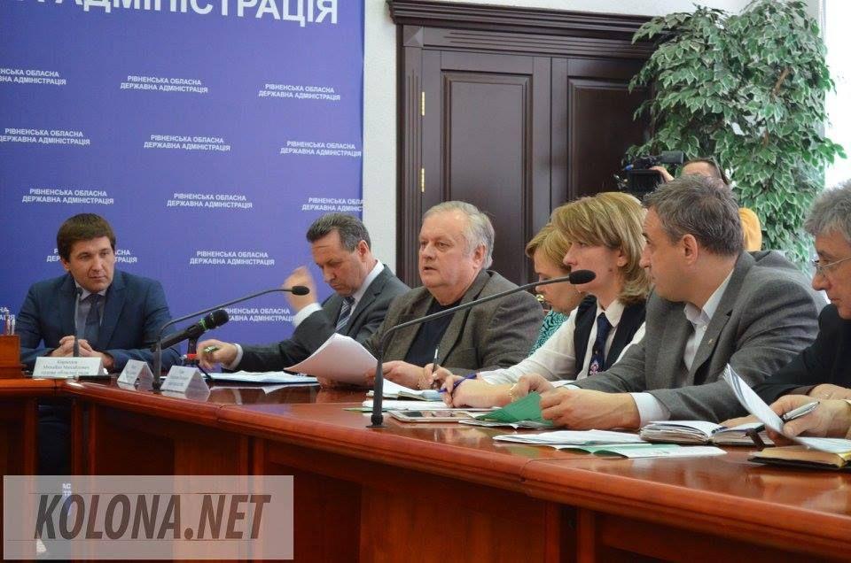 В Ровно реформаторы беседовали с местными чиновниками (ФОТОРЕПОРТАЖ)