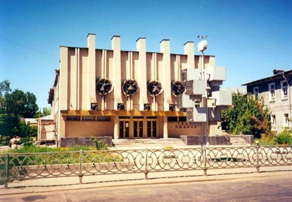 Рівненський ляльковий театр