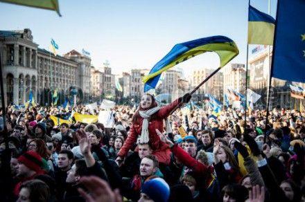"""На Рівненщині стартував проект """"Євромайдан в об'єктиві рівнян""""."""