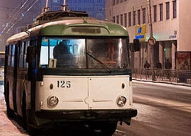 нічний тролейбус