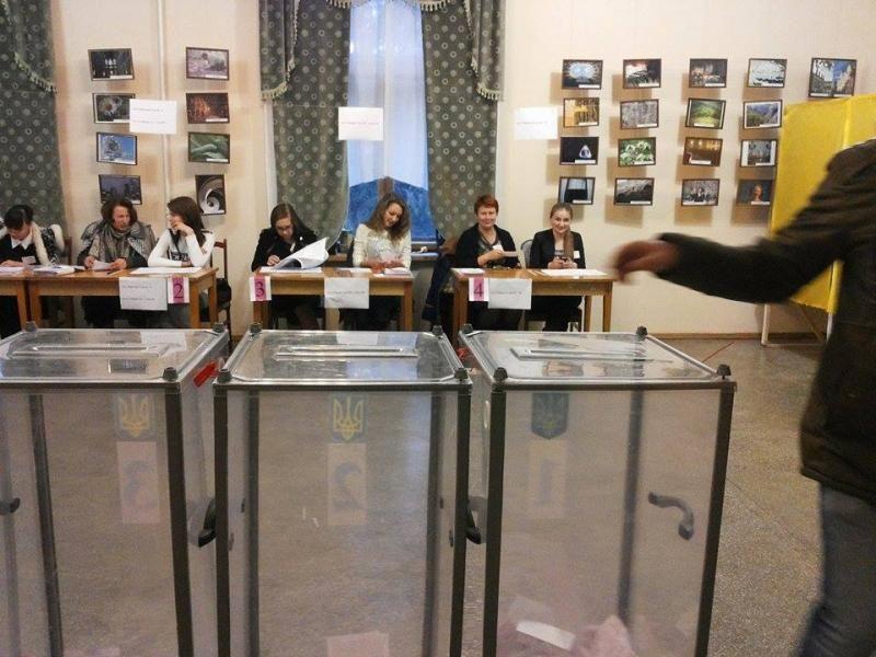 У Рівному явка виборців становила 31%