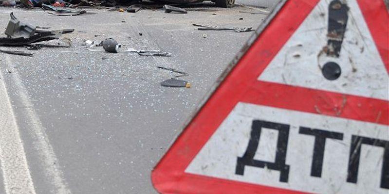 На Рівненщині мотоцикліст збив людину і загинув
