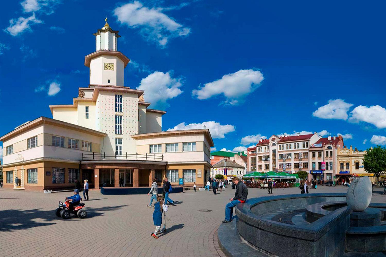 Івано-Франківськ отримав відразу 3 нові міста-побратими
