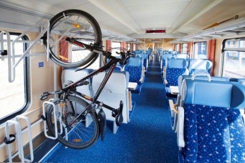Прикарпаттям та Львівщиною курсуватимуть потяги з веловагонами