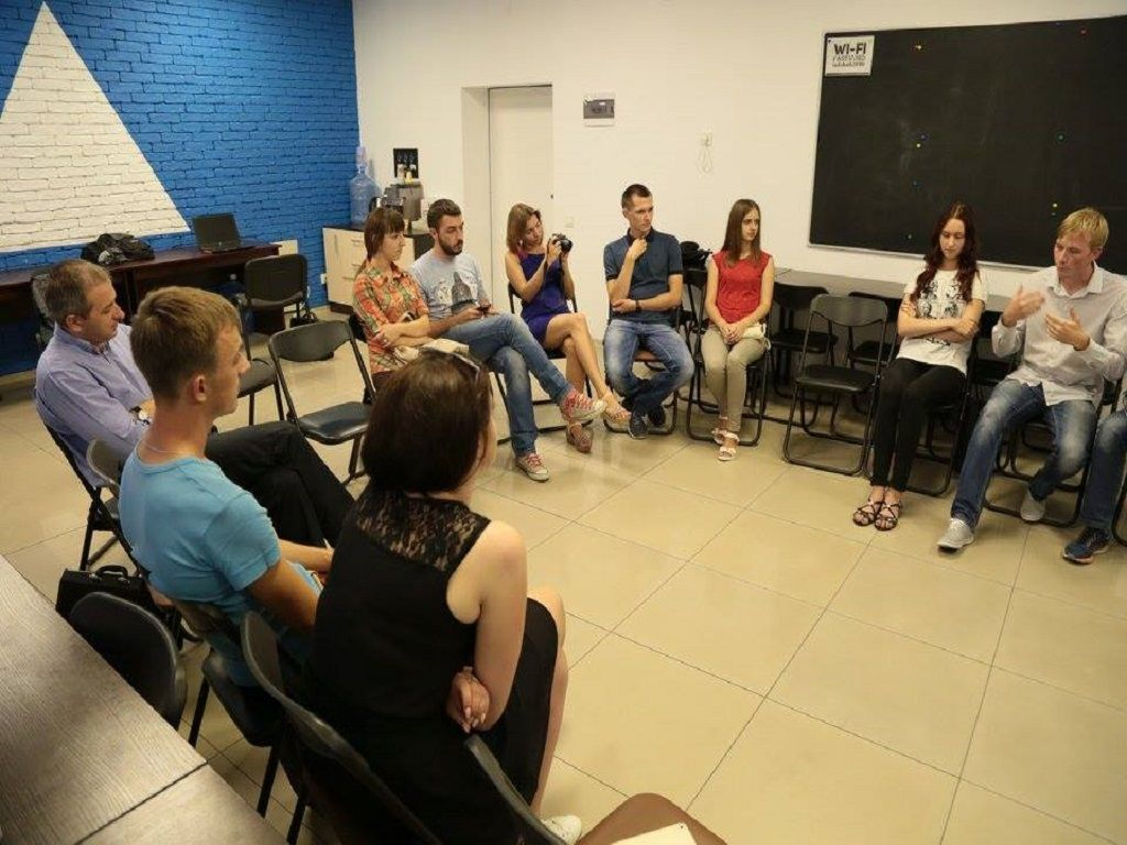 Рівненські експерти: Чи варто забирати стипендію у студентів?