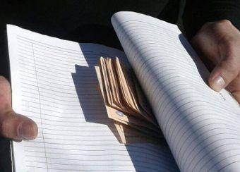 На Рівненщині правоохоронцю запропонували хабар (Фото)