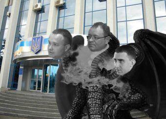 Рівненська обласна рада: 4 депутати можуть втратити мандат (Інфографіка)
