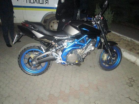 Жінку збив мотоцикл