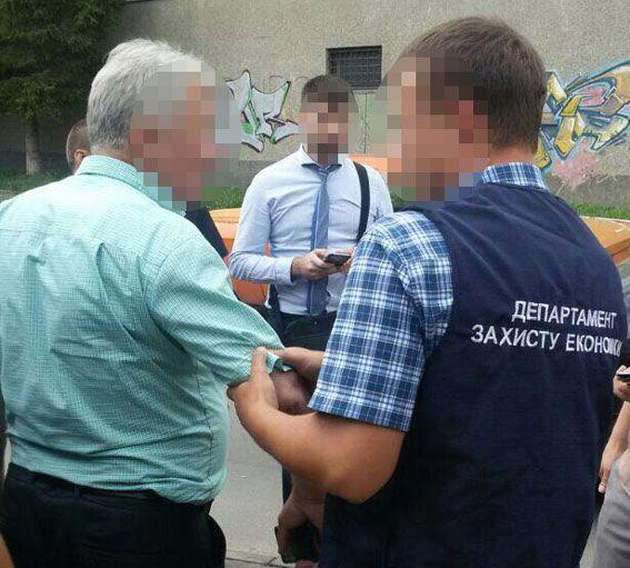 Викладача РДГУ затримали на хабарі під час вступної кампанії