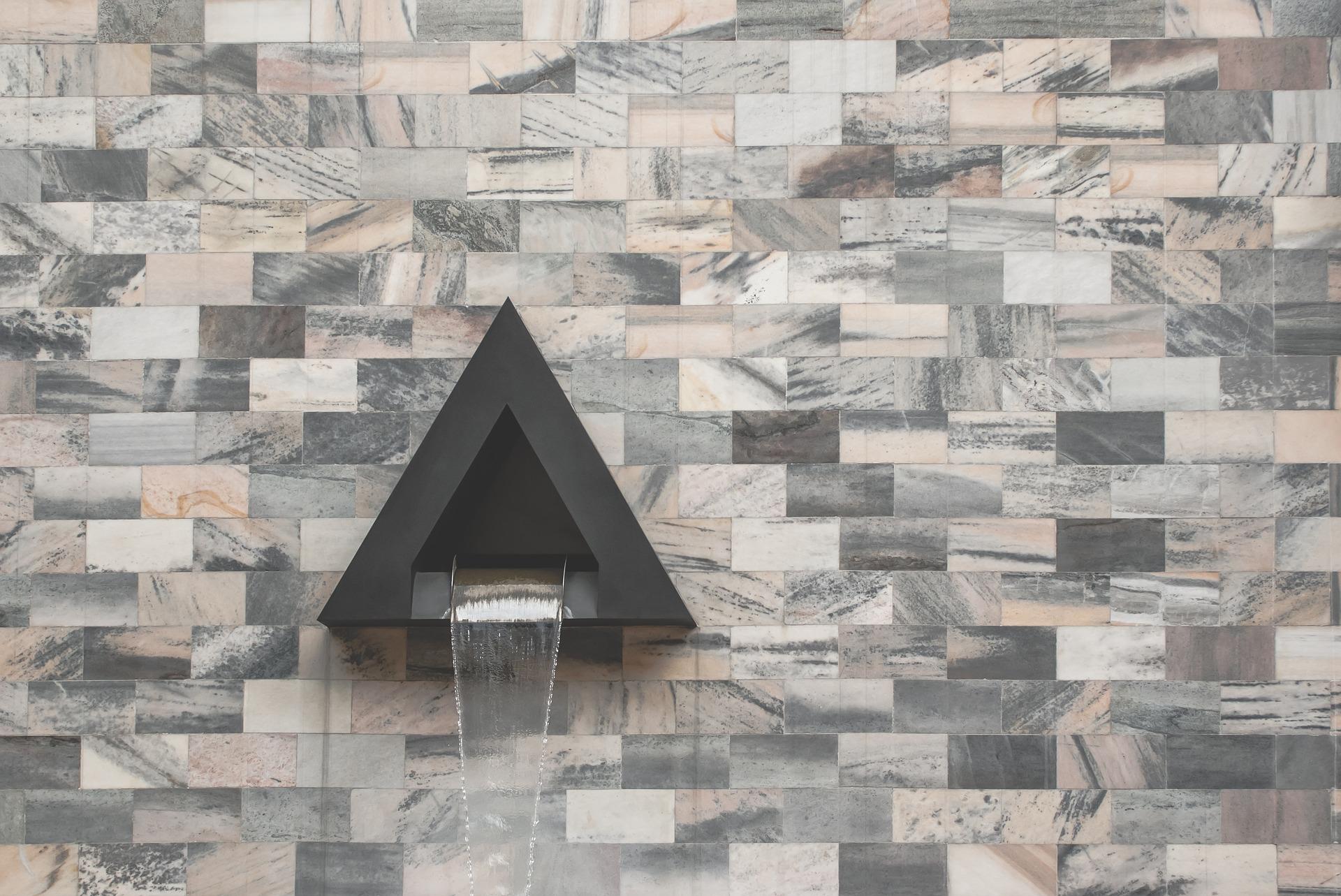 Вартість даного фонтану поки не визначена. Як зазначає головний львівський архітектор Юліан Чаплінський, благодійна фірма ще визначила остаточну вартість нового фонтану. Міська мерія зараз займається саме плануванням нового «сухого» фонтану. Цікаво те, що спочатку плануванням повинна була займатися саме благодійна фірма.