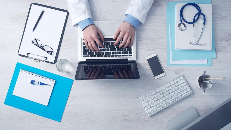 Скільки людей на території Західної України обрали сімейного лікаря? медицина